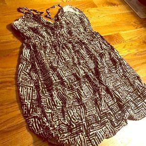 Torrid dress: black and white